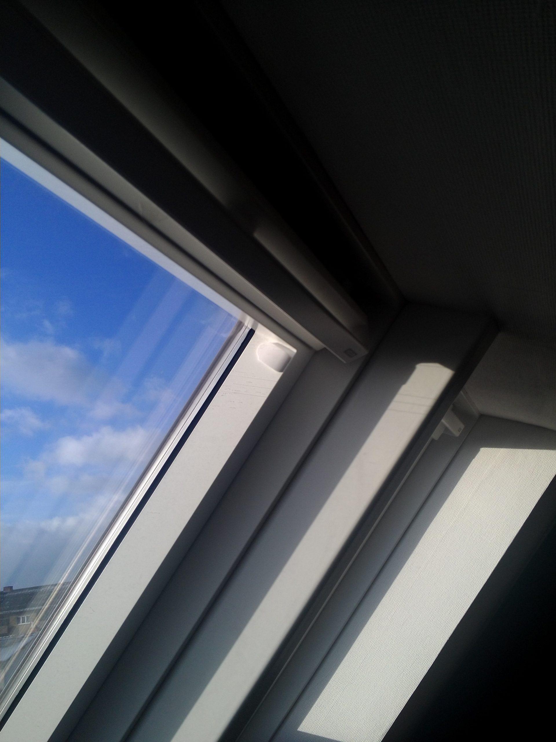 Full Size of Kunststoffteile In Velufenster Dachfenster Velux Fenster Rollo Dänische Günstig Betten Kaufen Einbruchschutz Folie Dreh Kipp Preisvergleich Runde Neue Fenster Velux Fenster Kaufen