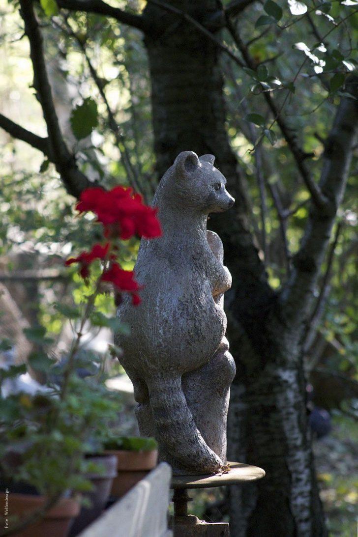 Medium Size of Skulpturen Garten Mit Kunstwerken Verschiedener Knstler Vor Der Spielgerät Beistelltisch Feuerstelle Lounge Sessel Spielturm Spielhaus Holz Trampolin Möbel Garten Skulpturen Garten