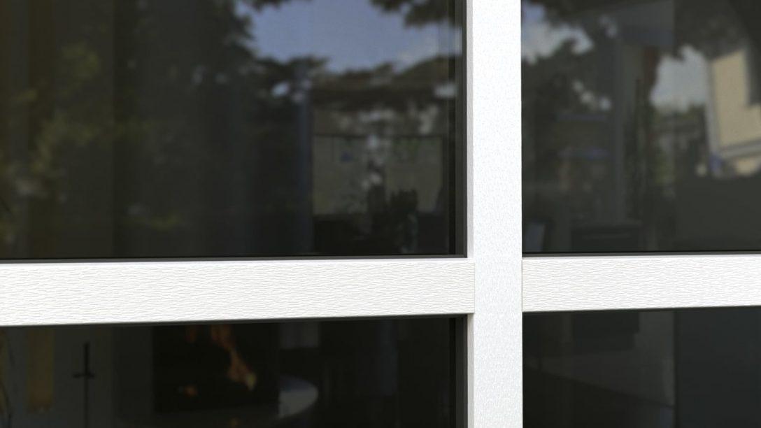 Large Size of Fenster Mit Sprossen Innenliegend Kosten Und Rolladen Preisunterschied Anthrazit Finstral Ag Küche E Geräten Günstig Folie Für Braun Integriertem Rollladen Fenster Fenster Mit Sprossen