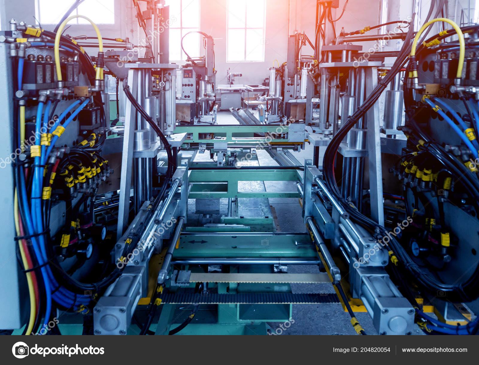 Full Size of Pvc Fenster Maschine Kaufen Online Maschinen Klarsichtfolie Fensterfolie Glasklar Lackieren 1 Mm Reinigen Fabrik Fr Aluminium Und Tren Produktion Holz Alu Fenster Pvc Fenster