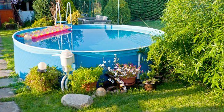 Medium Size of Swimmingpools Zum Aufstellen Bersicht Bewässerungssysteme Garten Sichtschutz Wpc Loungemöbel Lounge Set Schaukelstuhl Jacuzzi Schallschutz Trennwände Velux Garten Garten Pool Guenstig Kaufen