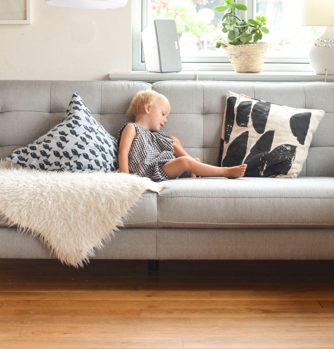 Large Size of Ein Neues Sofa Enthlt Werbung Wasfrmich Chesterfield Luxus Aus Matratzen Rolf Benz Le Corbusier Weißes W Schillig Wk Cognac Barock Mega Jugendzimmer Big Sofa überwurf Sofa