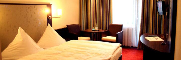 Medium Size of Bad Wildbad Hotel Bergfrieden Psychosomatische Klinik Baden Württemberg Ferienwohnung Dürkheim Ferienhaus Saarow Sassendorf Frankenhausen Bade Dusch Kombi Bad Bad Wildbad Hotel