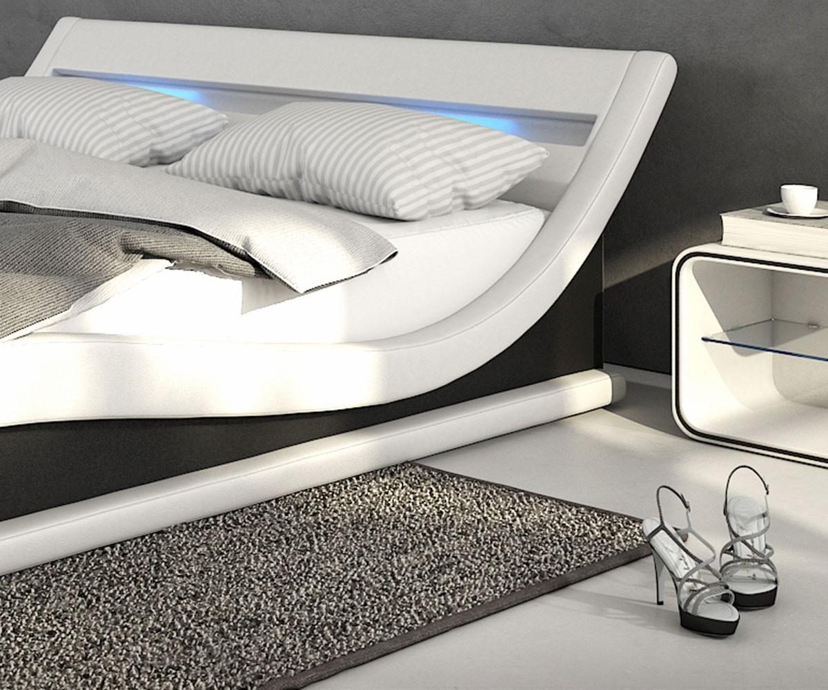 Full Size of Bett Mit Led Beleuchtung Und Matratze Bettbeleuchtung Selber Bauen 200x200 Kaufen 100x200 Bettkasten 120x200 180x200 Esstisch Rund Stühlen Sonoma Eiche Bett Bett Mit Beleuchtung