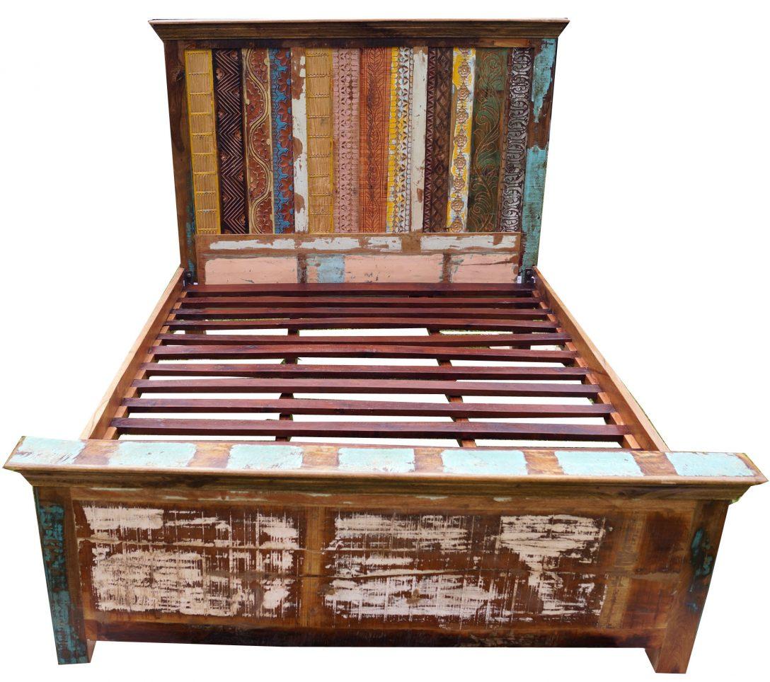 Large Size of Bett Vintage Aus Recycleholz Modell 3 154x166x217 Cm Sofa Mit Bettkasten 90x200 Lattenrost Und Matratze Runde Betten Aufbewahrung Stauraum Krankenhaus King Bett Bett Vintage