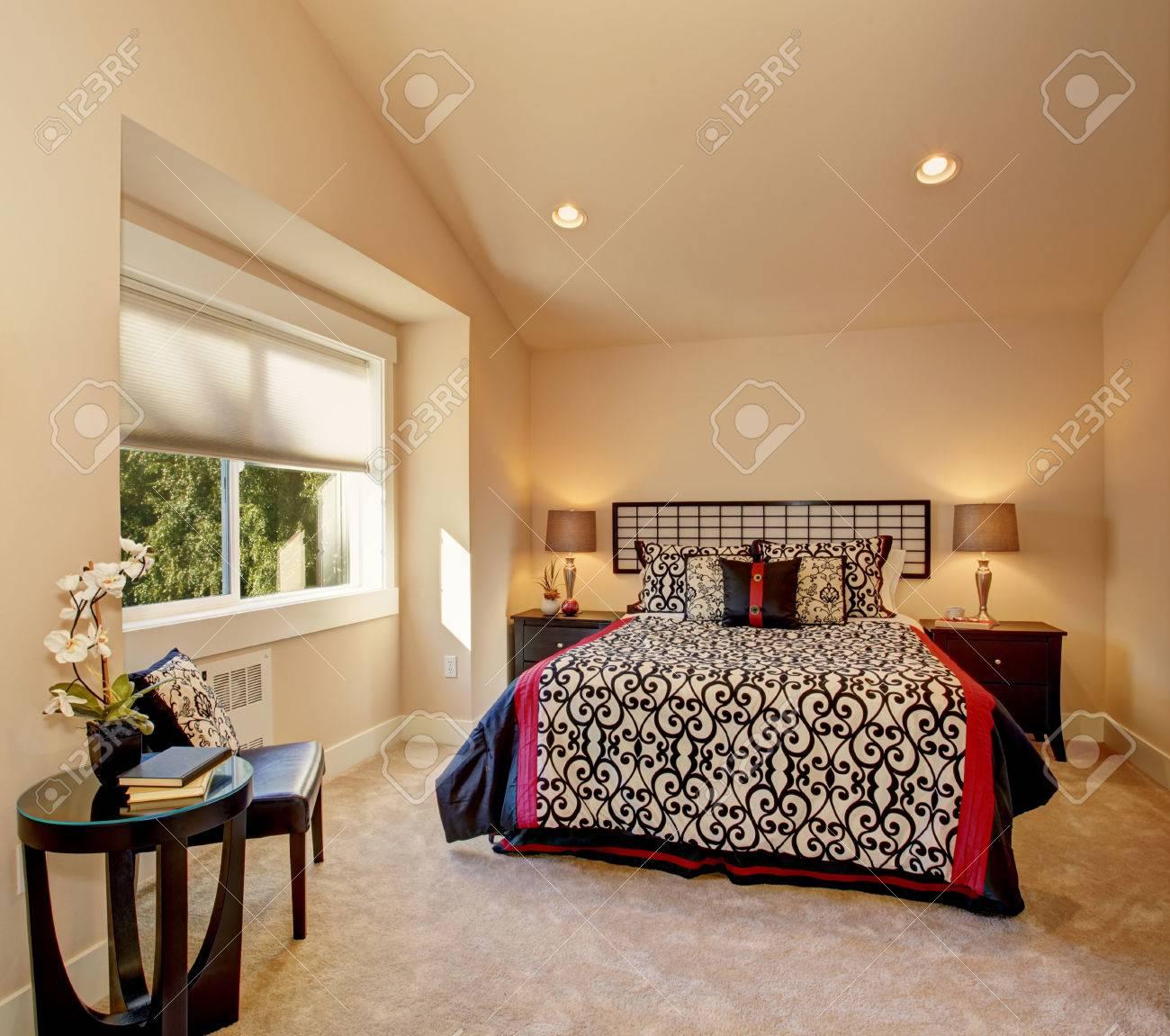 Full Size of Warme Schlafzimmer Mit Hohen Innocent Betten Boxspring 200x220 Coole Französische Paradies Günstige 140x200 Outlet Ruf Fabrikverkauf Schöne Ausgefallene Bett Japanische Betten
