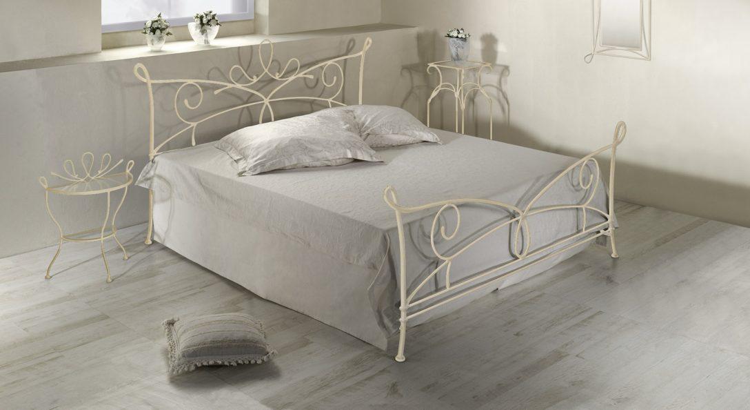 Large Size of Doppelbett Aus Metall In 140x200 Cm Anthrazit Porco Amerikanische Betten Weiß Xxl Bett Schweißausbrüche Wechseljahre 180x200 Weißes Schlafzimmer Mädchen Bett Betten 140x200 Weiß