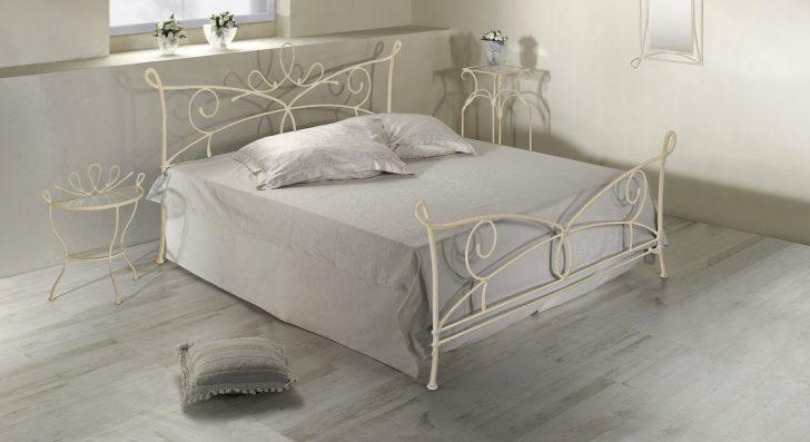 Medium Size of Doppelbett Aus Metall In 140x200 Cm Anthrazit Porco Amerikanische Betten Weiß Xxl Bett Schweißausbrüche Wechseljahre 180x200 Weißes Schlafzimmer Mädchen Bett Betten 140x200 Weiß