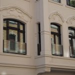 Absturzsicherung Fenster Alarmanlagen Für Und Türen Einbruchsicher Nachrüsten Velux Rollo Rollos Standardmaße Dreifachverglasung Bauhaus Schallschutz Alte Fenster Absturzsicherung Fenster