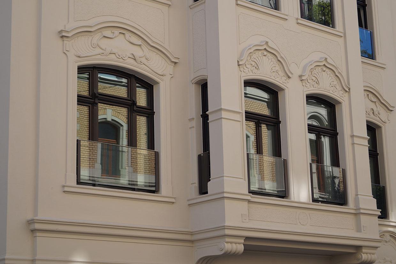 Full Size of Absturzsicherung Fenster Alarmanlagen Für Und Türen Einbruchsicher Nachrüsten Velux Rollo Rollos Standardmaße Dreifachverglasung Bauhaus Schallschutz Alte Fenster Absturzsicherung Fenster