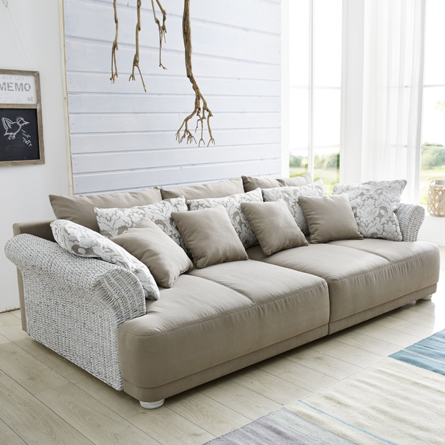 Full Size of Riess Ambiente Couchtisch Gold Weiss Sofa Heaven Kent Chesterfield Bewertung Couch Industrial Storage Samt Akazie 11 Frisch Abnehmbarer Bezug Hocker Rotes Sofa Riess Ambiente Sofa