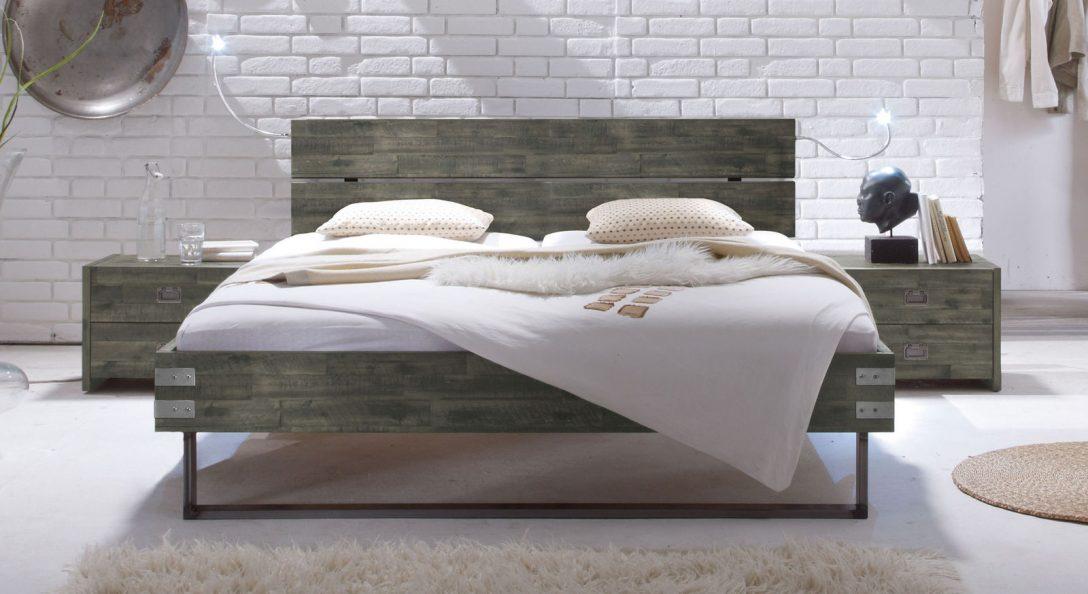 Large Size of Betten überlänge Massivholzbett Aus Akazie Mit Stahlkufen Konna Billige Schlafzimmer Treca Günstig Kaufen Hasena 140x200 Weiß 160x200 Massivholz Mädchen Bett Betten überlänge