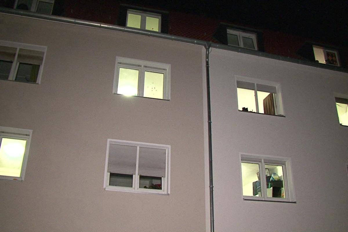 Full Size of Fenster Herne Baby Stirbt Nach Sturz Aus Unfallhergang Unklar Wazde Marken Auf Maß Rollos Bremen Schüco Kaufen Zwangsbelüftung Nachrüsten Standardmaße Fenster Fenster Herne