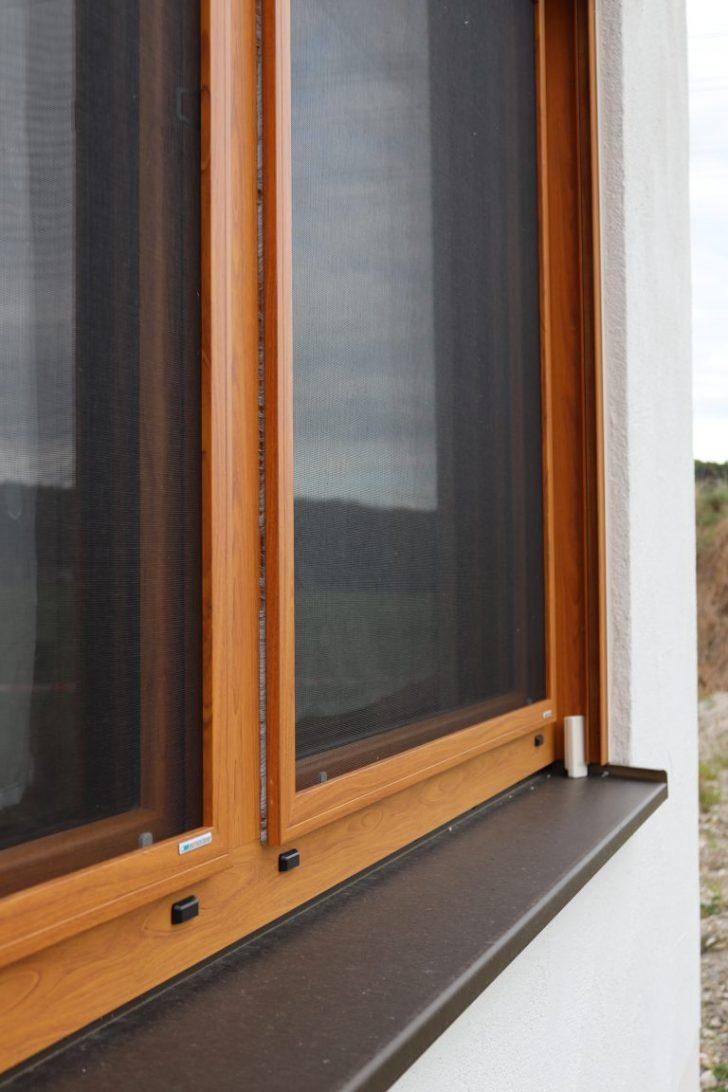 Medium Size of Fenster Insektenschutz Auenansicht Aufsatz Mauerberger Rollos Ohne Bohren Stores Rollo Bodentief Innen Schräge Abdunkeln Verdunkelung Günstige Schüco Kaufen Fenster Fenster Insektenschutz