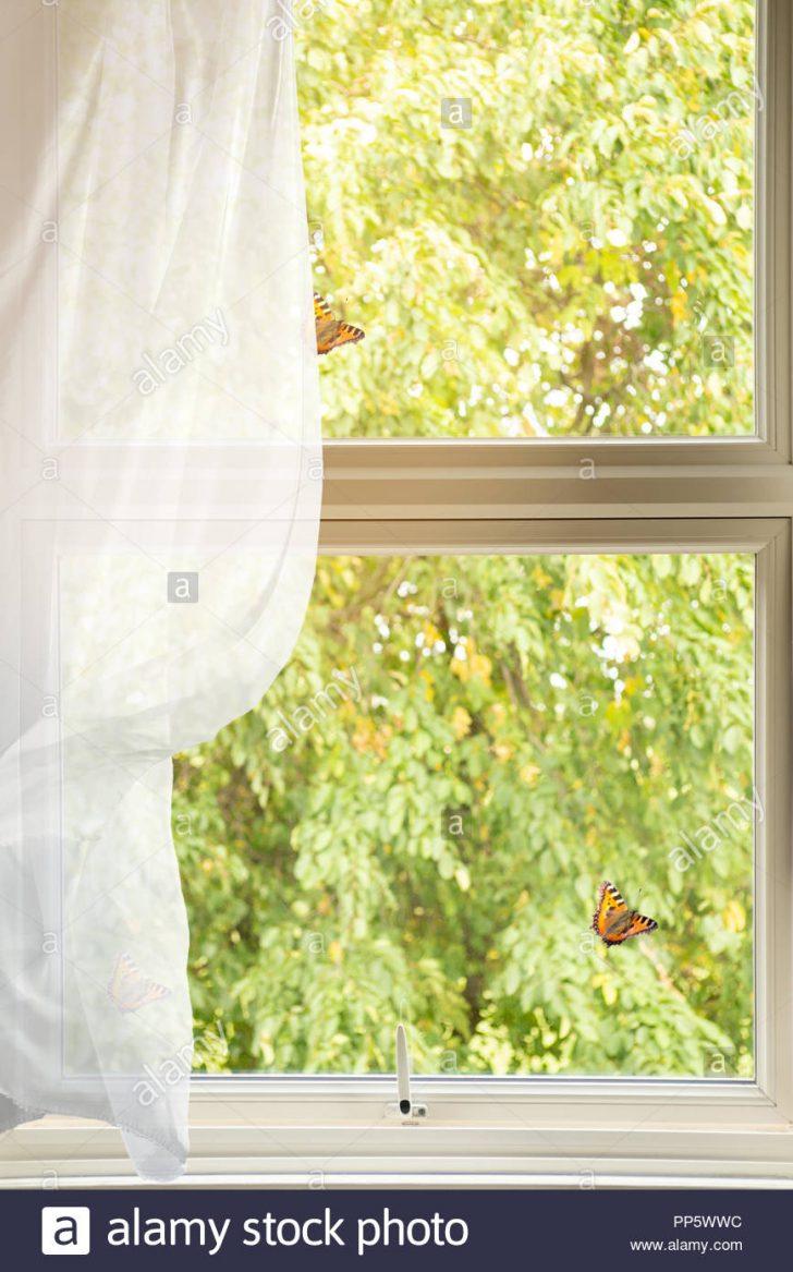 Medium Size of Landhaus Fenster Einbruchsicherung Einbruchsicher Nachrüsten Meeth Günstige Rc 2 Landhausküche Grau Bauhaus Tauschen Online Konfigurieren Fototapete Holz Fenster Landhaus Fenster
