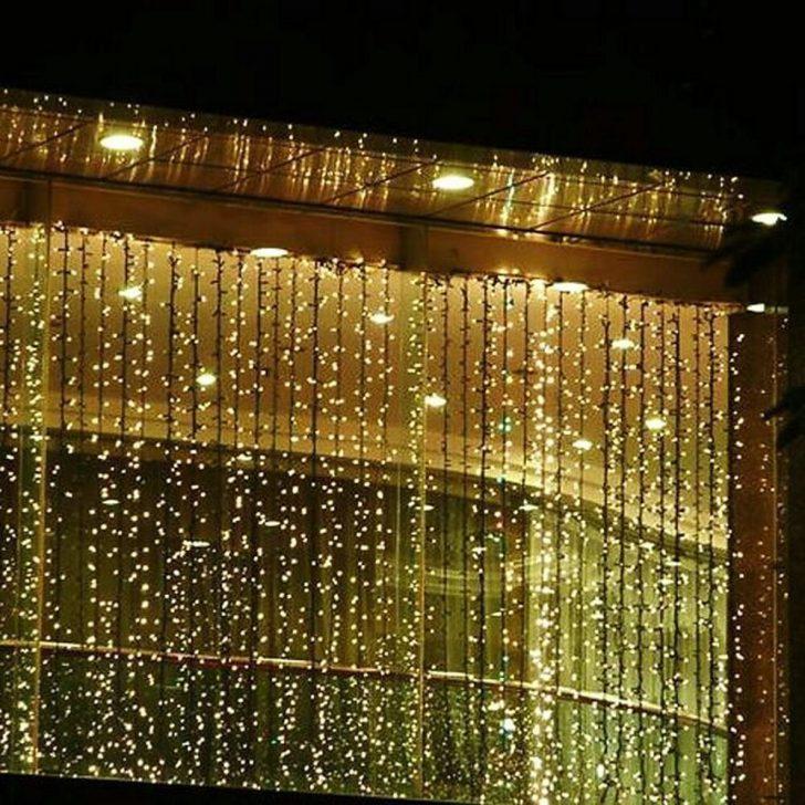 Medium Size of Weihnachtsbeleuchtung Fenster 3 Mt 300 Led Outdoor Vorhang Eiszapfen Winkhaus Pvc Jalousien Einbruchschutz Rollos Günstig Kaufen Schüco Preise Online Fenster Weihnachtsbeleuchtung Fenster