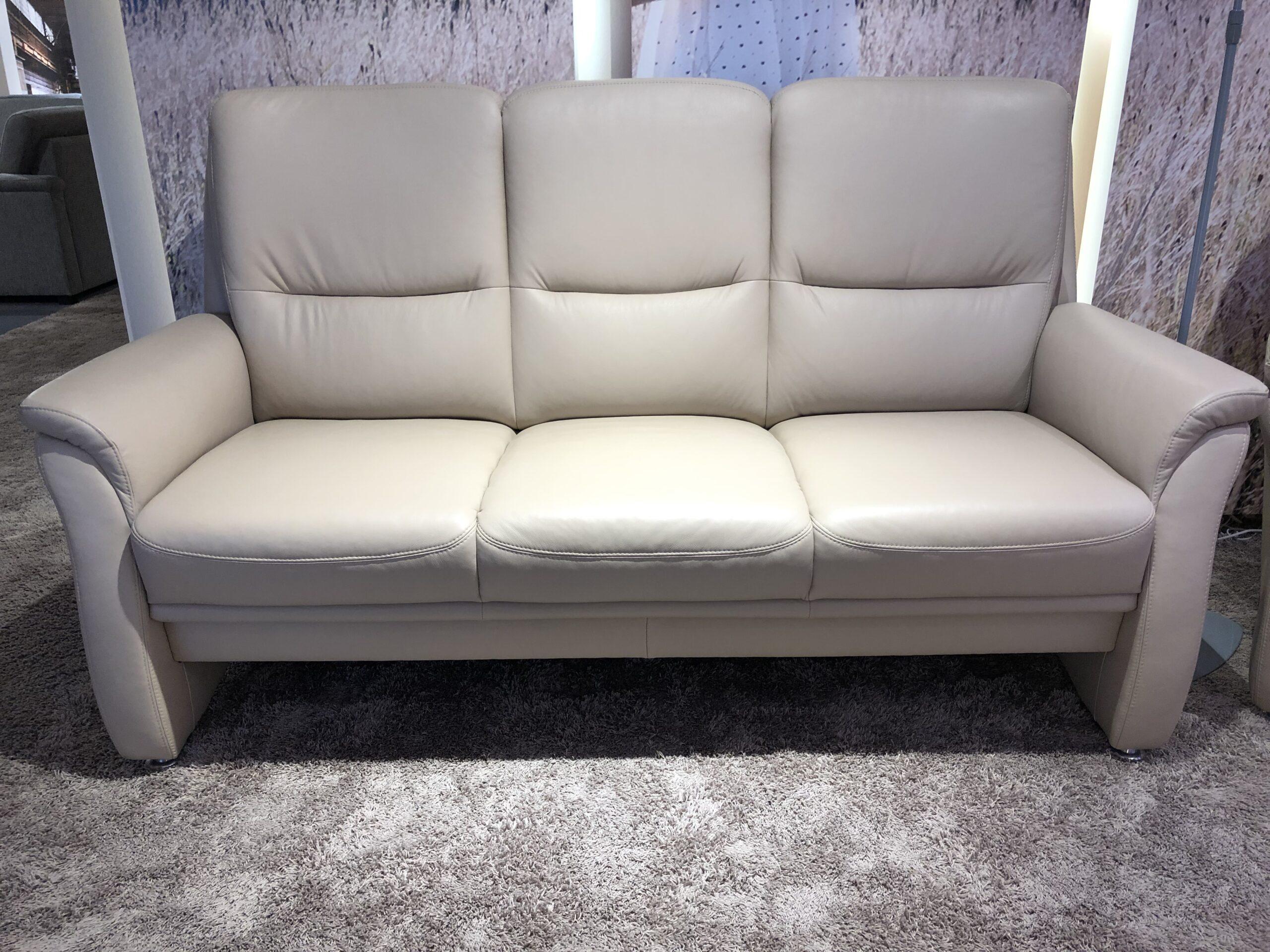 Full Size of Natura Sofa Brooklyn Kansas Denver Couch Mit Hocker 2 Sitzer Boxspring Schlaffunktion Xxl Günstig Recamiere Federkern Schlafsofa Liegefläche 160x200 Grün Sofa Natura Sofa