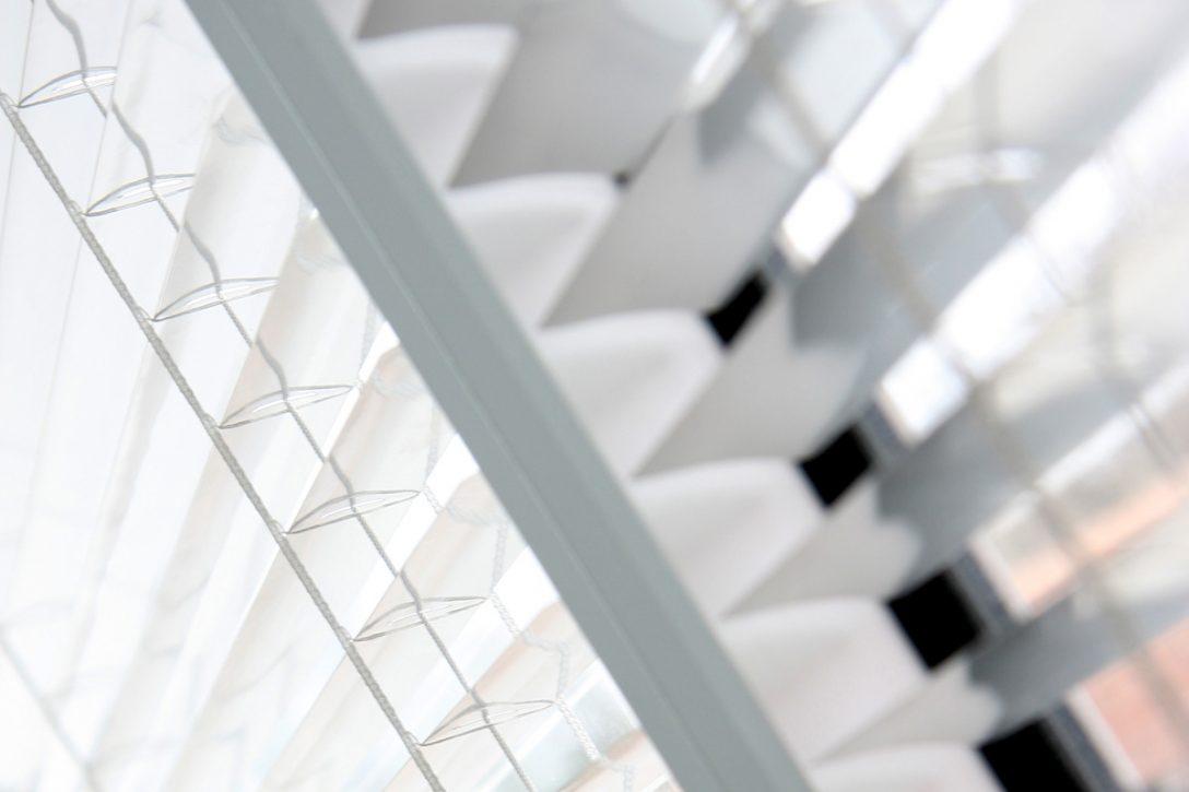 Large Size of Sonnenschutzfolie Fenster Innen Sonnenschutz Fr Der Groe Vergleich Einbruchsicher Nachrüsten Fliegennetz Sichtschutzfolie Einseitig Durchsichtig Holz Alu Fenster Sonnenschutzfolie Fenster Innen