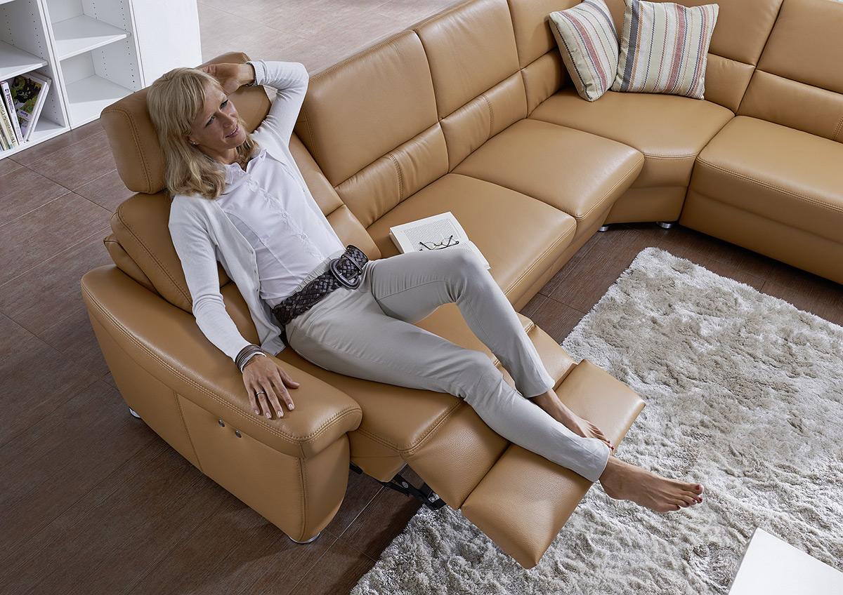 Full Size of Sofa Mit Relaxfunktion Elektrisch 2 5 Sitzer Couch Verstellbar Leder 3 3er Elektrischer Sitztiefenverstellung Arco Polstermbel Rahaus Eck Big Schlaffunktion Sofa Sofa Mit Relaxfunktion Elektrisch