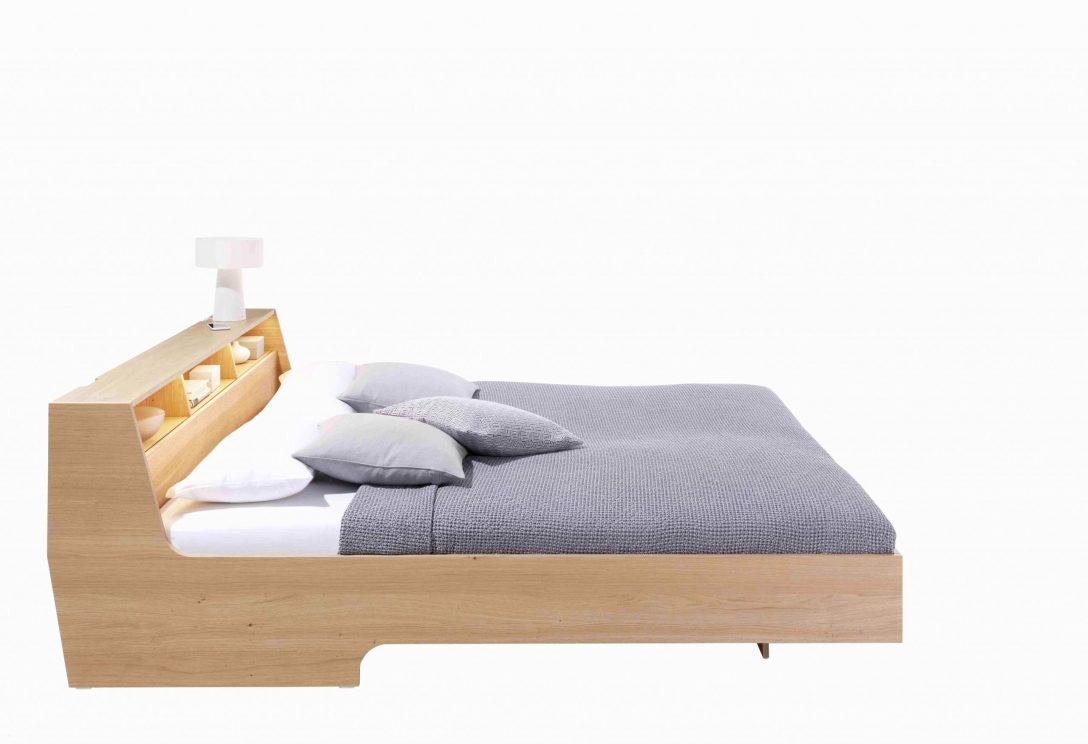 Large Size of 39 Das Beste Von Bett Im Wohnzimmer Integrieren Elegant Betten Landhausstil Tagesdecken Für Ebay Bei Ikea Köln Nolte Meise Mädchen 180x200 Ausgefallene Bett Luxus Betten