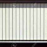 Fenster Jalousien Vertikalen Auf Das Bro Lizenzfreie Meeth Rollos Innen Türen Einbauen Sonnenschutz Für Austauschen Kosten Winkhaus Wärmeschutzfolie Rc3 Fenster Fenster Jalousien
