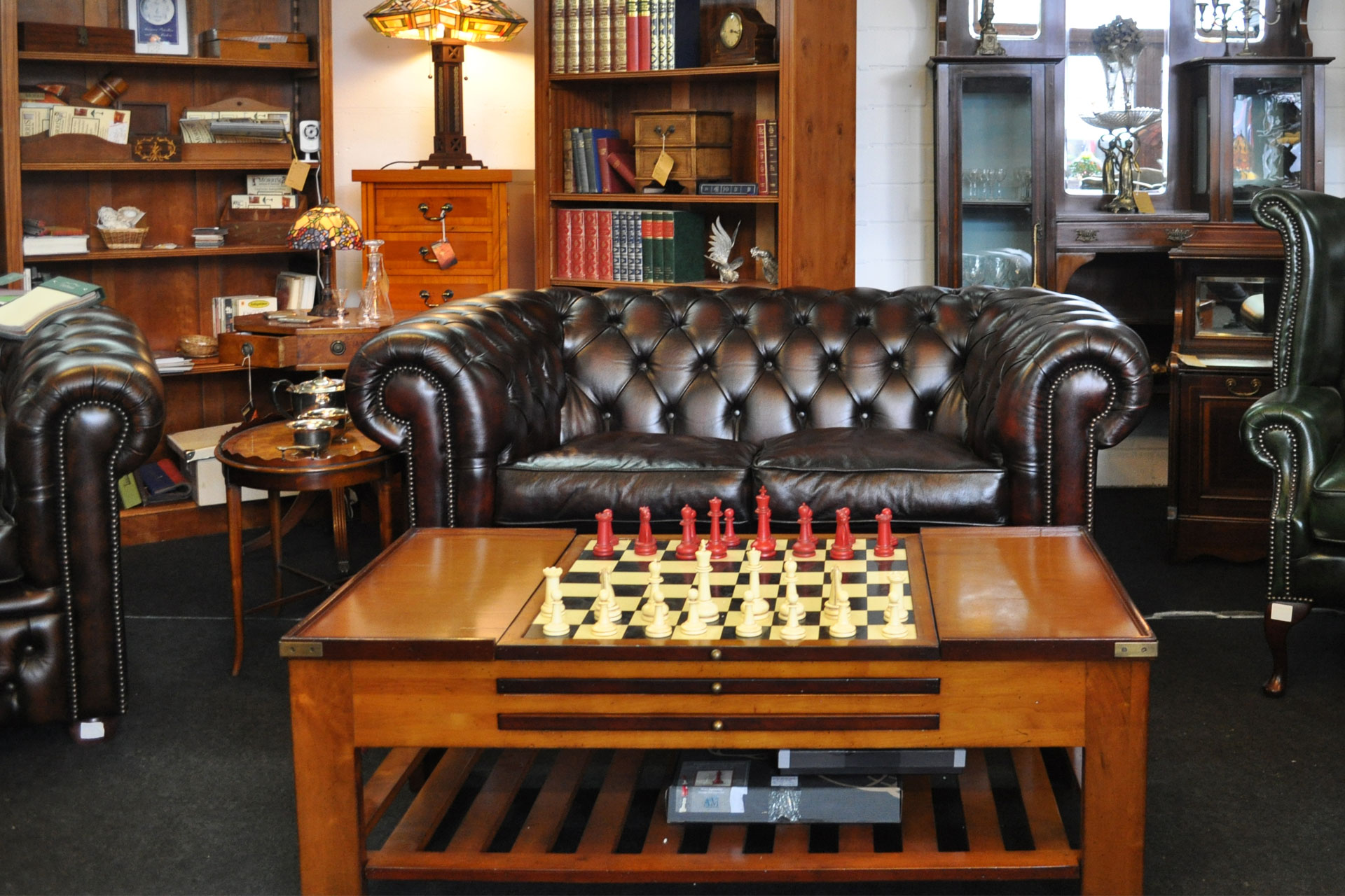 Full Size of Chesterfield Sofa Gebraucht Sessel Mega Freistil Petrol Ebay Kolonialstil Graues Bezug Big Grau Leinen Für Esstisch Günstig Bett Zweisitzer Abnehmbarer Sofa Chesterfield Sofa Gebraucht