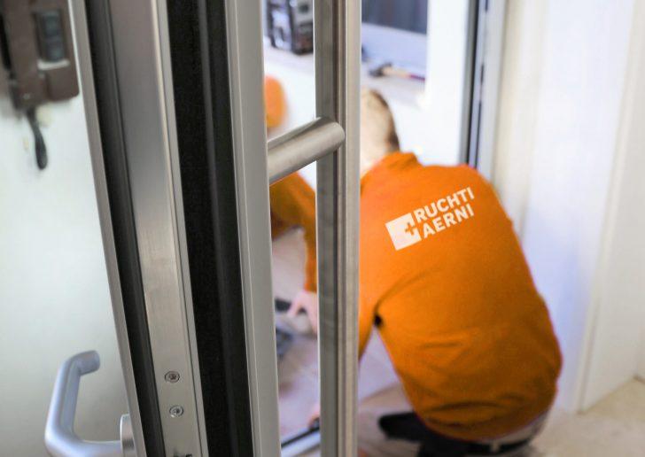 Medium Size of Fenster Austauschen Ersetzen Sanieren Neue Herne Fliegennetz Trier Rollos Für Polen Kaufen In Sicherheitsbeschläge Nachrüsten Dänische Ohne Bohren Fenster Fenster Austauschen