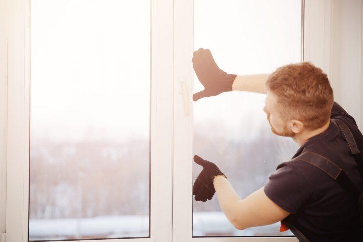 Medium Size of Fensterscheiben Austauschen Diese Kosten Sind Fllig Heimhelden Polnische Fenster Abus Veka Dachschräge Sicherheitsfolie Folien Für Einbruchschutz Nachrüsten Fenster Fenster Tauschen