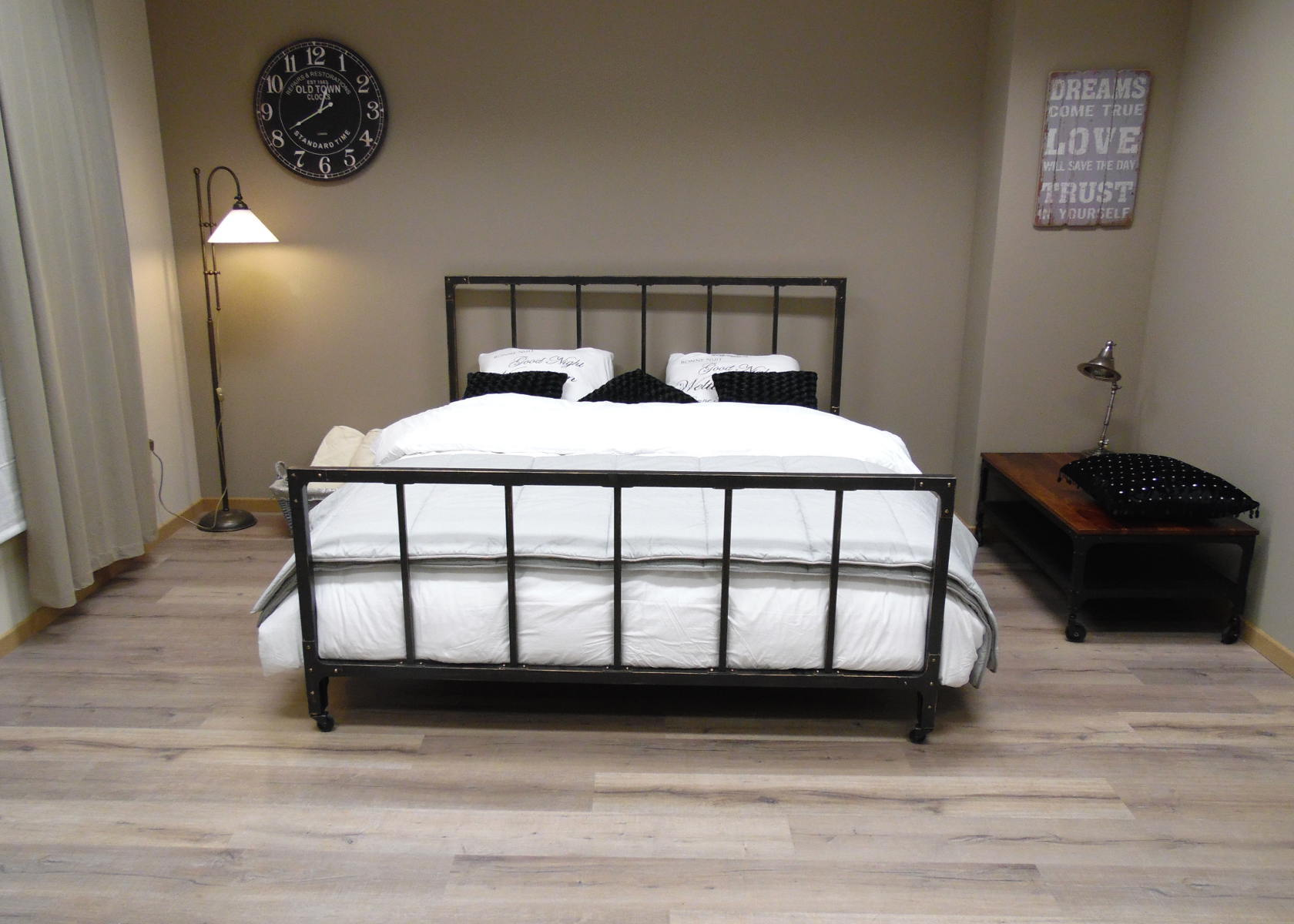 Full Size of Bett Antik Charleroi Industriell Design Metallbettenshop Moebel De Betten 140 X 200 90x200 Weiß 160x200 Kinder Aus Paletten Kaufen Komplett Dänisches Bett Bett Antik