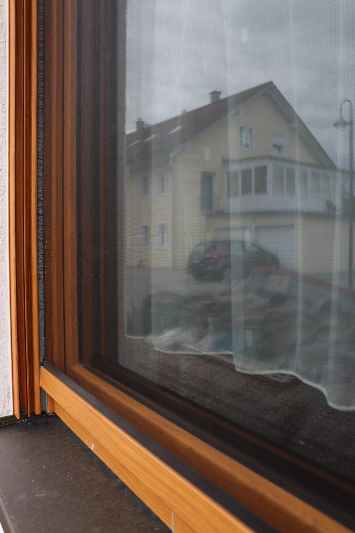 Medium Size of Auenansicht Fenster Insektenschutz Detail Mauerberger Fliegengitter Für Drutex Gebrauchte Kaufen Alte Folie Sonnenschutzfolie Regal Dachschräge Rollos Ohne Fenster Insektenschutz Für Fenster