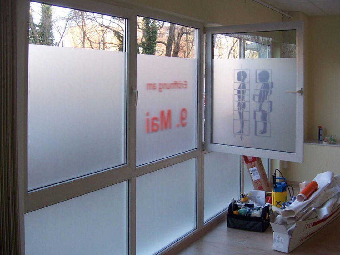 Large Size of Fenster Folie Alte Fensterfolie Entfernen Youtube Kosten Bauhaus Fensterfolien Sonnenschutz Selbstklebende Statische Obi Anbringen Ikea Bad Blickdicht Gegen Fenster Fenster Folie