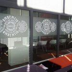 Sichtschutzfolien Für Fenster Fensterfolie Sichtschutz In Stuttgart Bertsch Beschriftungen Wasserhahn Küche Sichtschutzfolie Klebefolie Internorm Preise Fenster Sichtschutzfolien Für Fenster