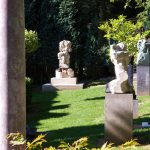 Skulpturen Garten Kaufen Gartenskulpturen Aus Steinguss Stein Antik Moderne Edelstahl Modern Selber Machen Skulpturengarten Darmstadt Und Landschaftsbau Garten Skulpturen Garten