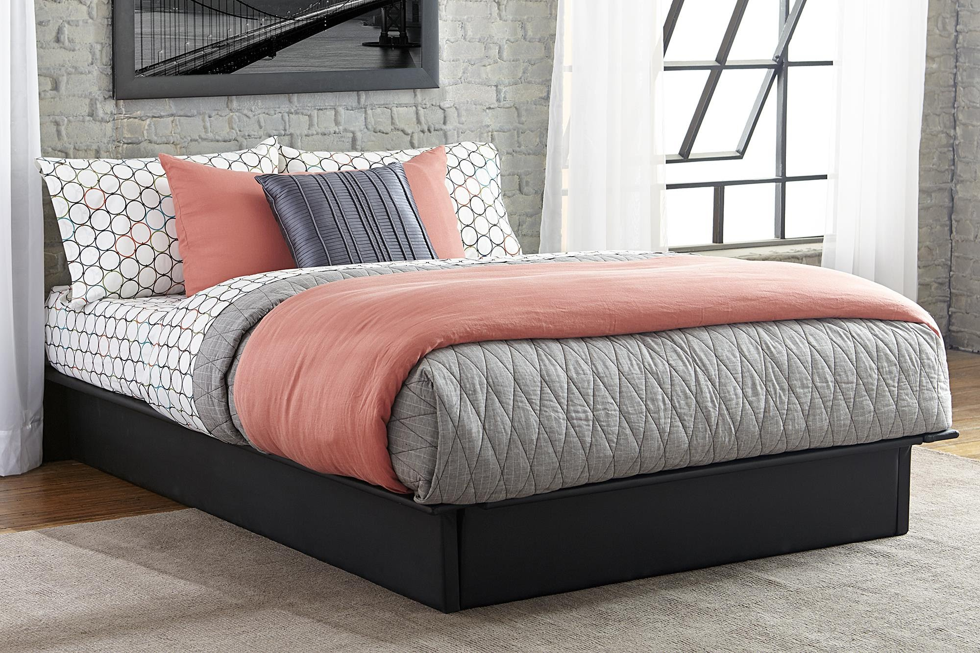 Full Size of Bett Minimalistisch Moderne Plattform Betten Mit Stauraum Design 120x190 90x200 Lattenrost Bonprix Futon 140x200 Eiche Sonoma 180x200 Und Matratze Weiß Bett Bett Minimalistisch