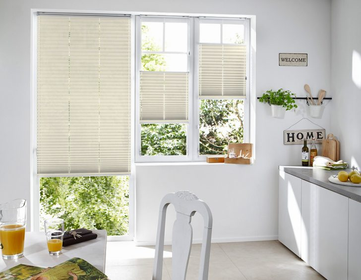 Medium Size of Fenster Scheibling Sonnenschutz Plissee Kueche 5 Internorm Preise Dachschräge Aron Sichtschutzfolie Einseitig Durchsichtig Runde Rahmenlose Schallschutz Mit Fenster Fenster Plissee
