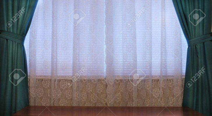 Medium Size of Fenster Gardinen Haus Interieur Mit Spitze Und Schwere Grne Fliegengitter Sicherheitsfolie Dreifachverglasung Fliegennetz Klebefolie Einbau Dampfreiniger Fenster Fenster Gardinen