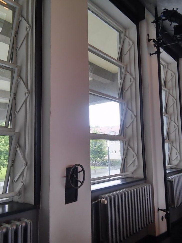Medium Size of Badezimmer Fensterfolie Bauhaus Fenster Einbauen Anleitung Lassen Schwarz Fenstergriff Blickdichte Kosten Fensterfolien Statische Verspiegelt Sicherheitsfolie Fenster Bauhaus Fenster