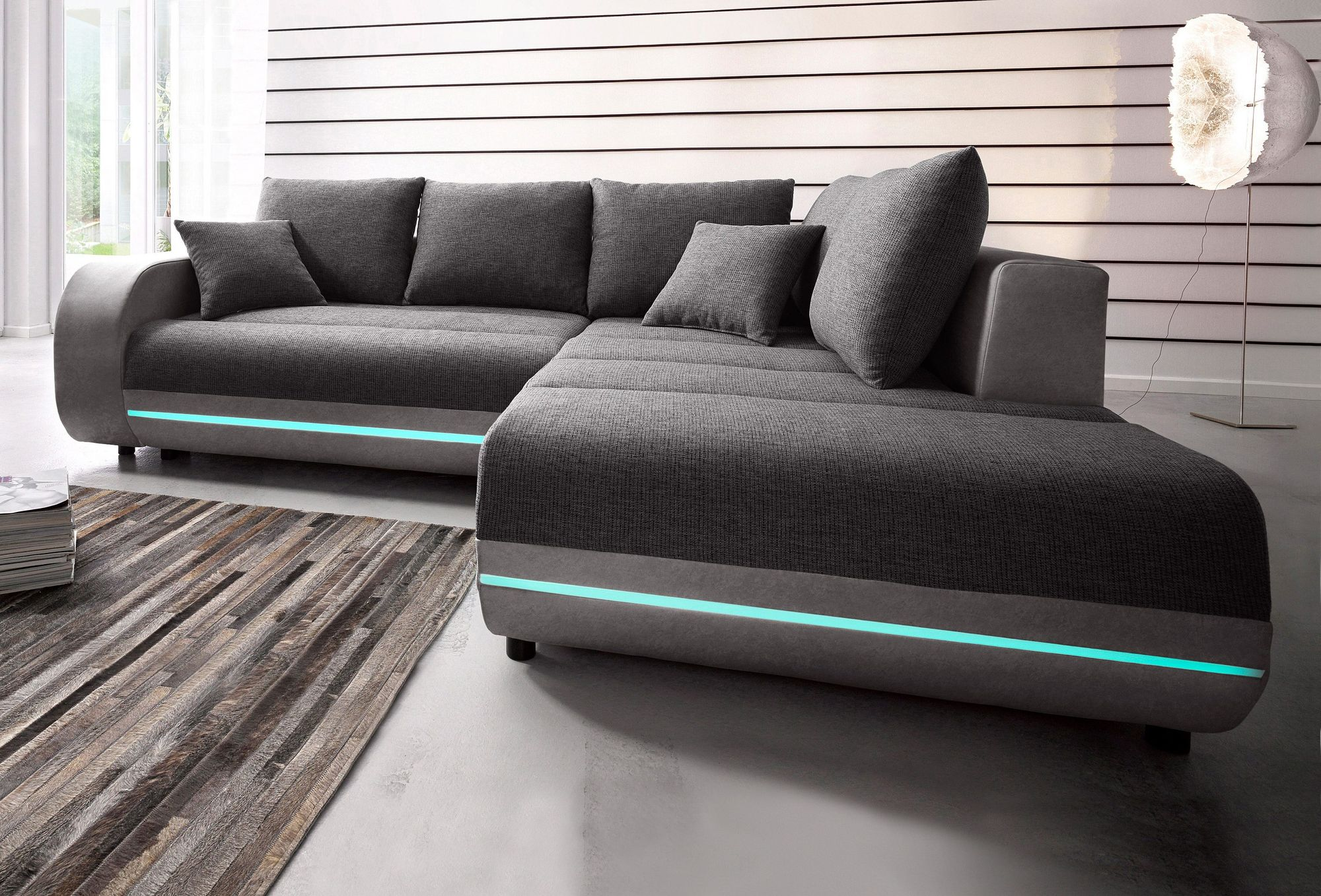Full Size of Sofa Mit Led Und Soundsystem Couch Leder Beziehen Kosten Ecksofa Beleuchtung Sound Schlaffunktion Kombiniere Dein Moderner Peppe Ausziehbar Recamiere Sofa Sofa Mit Led