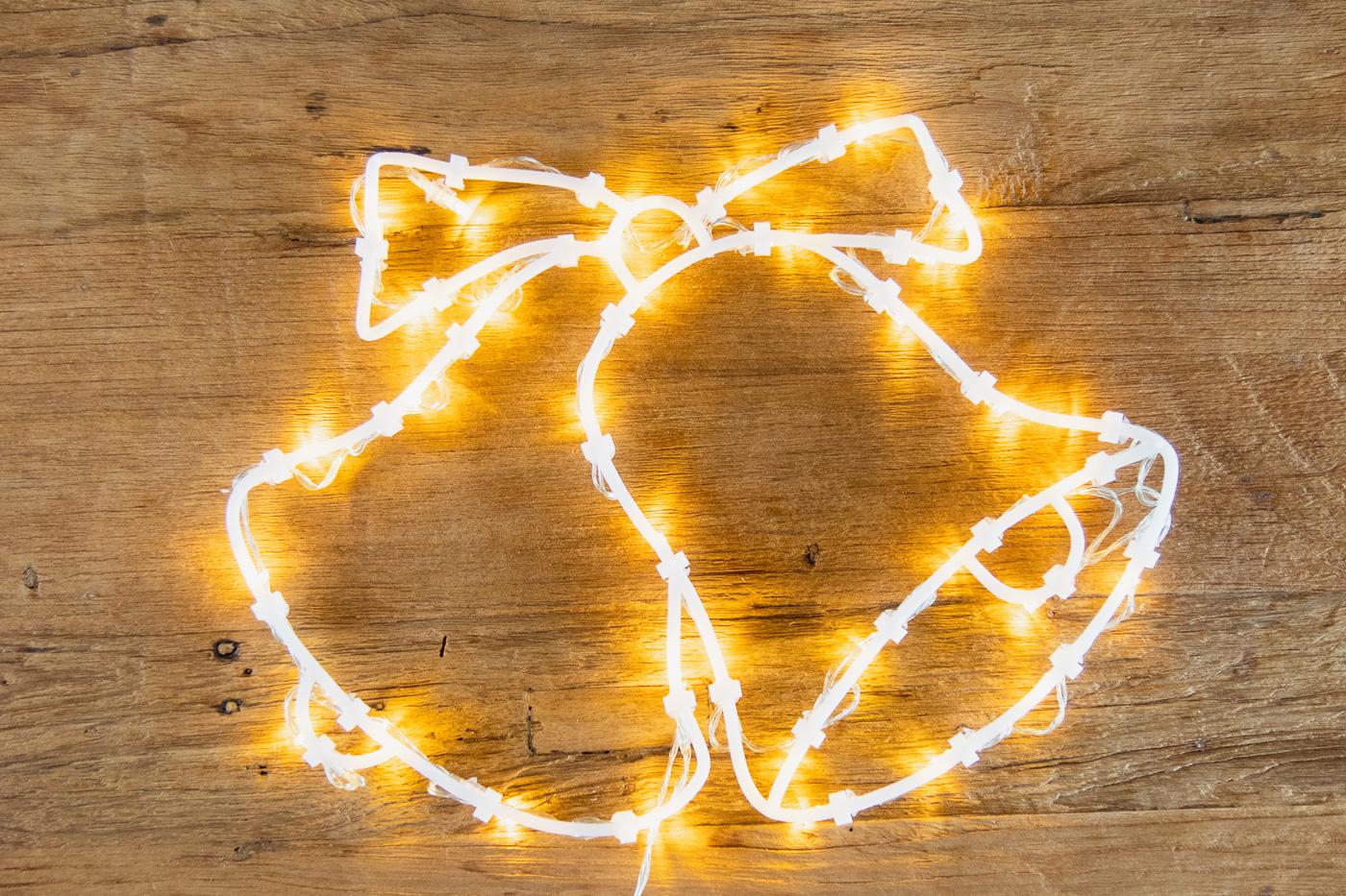 Full Size of Weihnachtsbeleuchtung Fenster Innen Batteriebetrieben Amazon Mit Kabel Ohne Kabellos Led Silhouette Figuren Hornbach Befestigen Stern Pyramide Bunt Batterie 2 Fenster Weihnachtsbeleuchtung Fenster