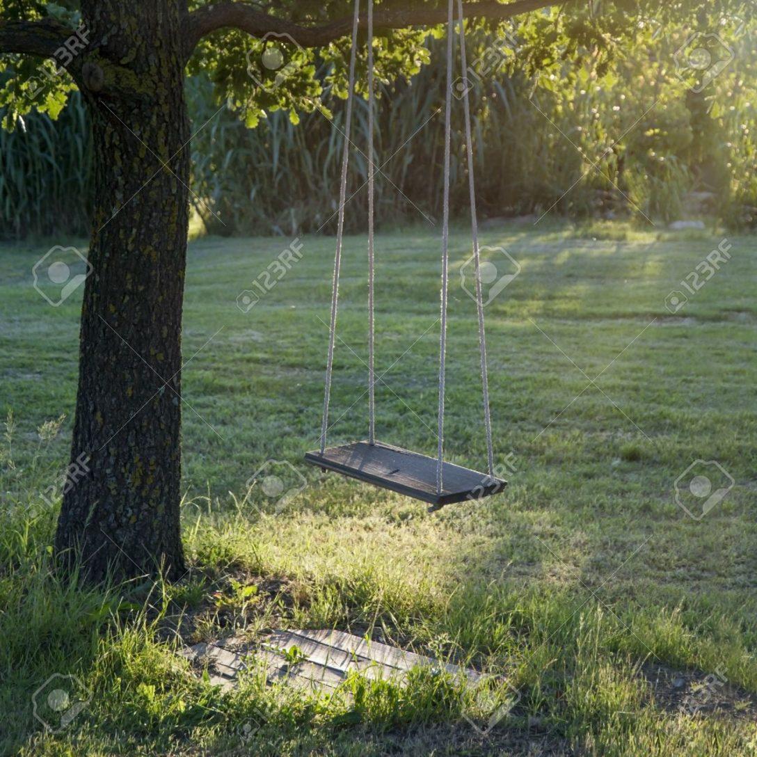 Large Size of Schaukel Garten Baby Gartenliege Holz Test Ohne Betonieren Selber Bauen Gartenschaukel Metall Gartenpirat Erwachsene Trampolin Pavillion Sonnenschutz Garten Schaukel Garten