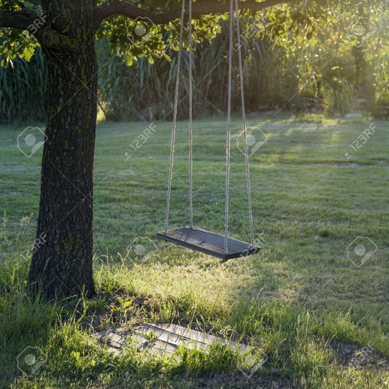 Full Size of Schaukel Garten Baby Gartenliege Holz Test Ohne Betonieren Selber Bauen Gartenschaukel Metall Gartenpirat Erwachsene Trampolin Pavillion Sonnenschutz Garten Schaukel Garten