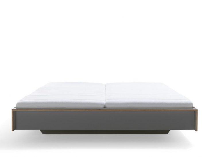 Medium Size of Bett 160 Oder 180 X Cm Paletten Kaufen 160x200 Mit Lattenrost Und Matratze Ebay Kleinanzeigen 220 Breite Vs Tagesdecke Holz Mller Small Living Flai 140x200 Bett Bett 160