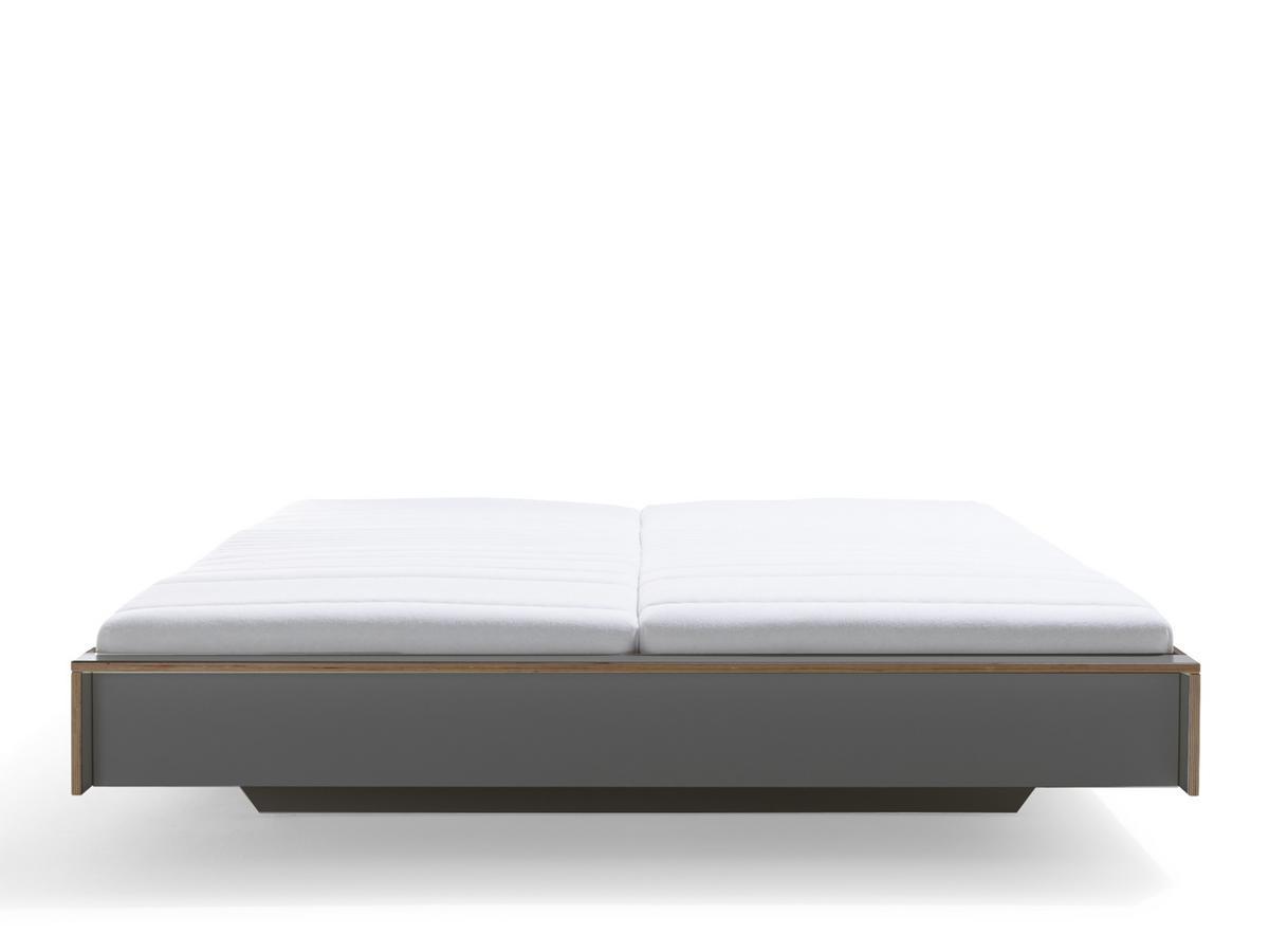 Full Size of Bett 160 Oder 180 X Cm Paletten Kaufen 160x200 Mit Lattenrost Und Matratze Ebay Kleinanzeigen 220 Breite Vs Tagesdecke Holz Mller Small Living Flai 140x200 Bett Bett 160