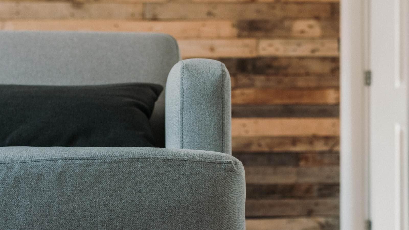 Full Size of Sofa Reinigen Lassen Stoff Natron Spray Dampfreiniger Mieten Couch Dm Mit Reinigung Microfaser Leihen Ausleihen Ultimative Anleitung Fr Pflege Schlafzimmerde Sofa Sofa Reinigen