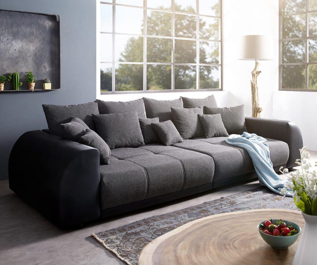Large Size of Big Sofa Günstig Bigsofa Violetta Schwarz 310x135 Cm Inklusive Kissen 2 Sitzer Polster Reinigen Federkern Zweisitzer Kleines Wohnzimmer Polyrattan Ligne Roset Sofa Big Sofa Günstig