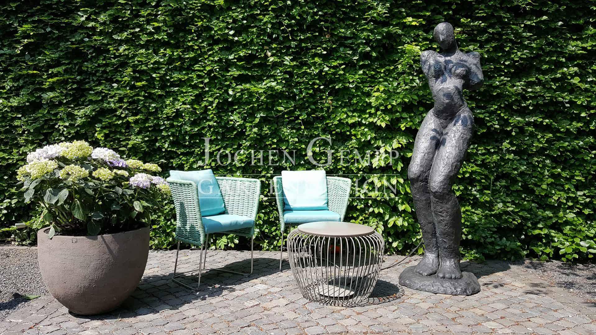 Full Size of Gartenskulpturen Aus Rostigem Eisen Stein Steinguss Kaufen Garten Skulpturen Modern Holz Berlin Edelstahl Skulptur Metall Buddha Moderne Und Stilvolle Gempp Garten Garten Skulpturen