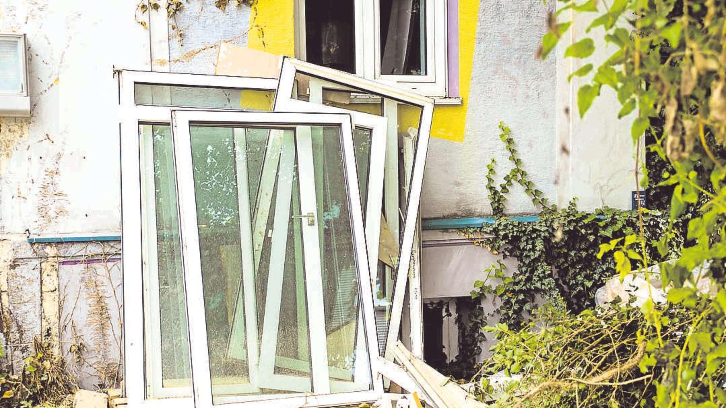 Full Size of Wann Der Mieter Mitzahlen Muss Wirtschaft Flachdach Fenster Bremen Rc3 Schallschutz Standardmaße Sicherheitsbeschläge Nachrüsten Köln Dänische Kunststoff Fenster Fenster Erneuern