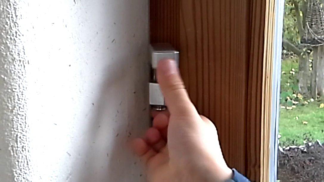 Large Size of Fenster Einbruchsicherung So Funktionierts Bayernriegel Genial Einfacher Einbruchschutz Ebay Kosten Neue Sicherheitsfolie Test Internorm Preise Fenster Fenster Einbruchsicherung