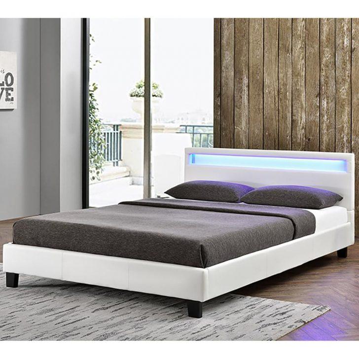 Medium Size of Bett Mit Beleuchtung Led 200x200 Kaufen 90x200 Selber Bauen 160x200 180x200 Und Lautsprecher Bettkasten Kopfteil 140x200 Matratze 120x200 Bettbeleuchtung Bett Bett Mit Beleuchtung