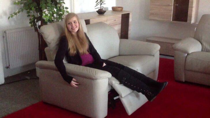 Medium Size of Sofa Elektrisch Mit Elektrischer Sitztiefenverstellung Sitzvorzug Couch Aufgeladen Was Tun Ist Geladen Statisch Elektrische Relaxfunktion Leder Stoff Neues Sofa Sofa Elektrisch